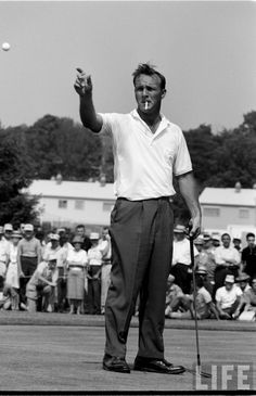 Had the distinct pleasure of being a part of Arnie's Army at the 2000 Senior Open @ Saucon Valley CC... his last tournament.... what a thrill!!