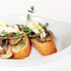 Mushroom and Brie Bruschetta — an elegant, fast, and easy vegetarian appetizer.