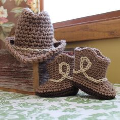 Newborn Baby cowboy hat and boots set.