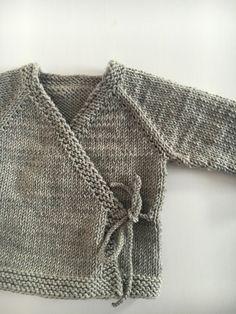 http://de.dawanda.com/product/104986543-strickjacke-neugeborene jetzt neu im Shop!