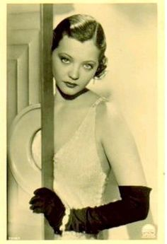 Sylvia Sidney, 1920s. Sylvia Sidney, 1930s Fashion, Diva Fashion, Silent Film, Hollywood Glamour, Vintage Hollywood, Classic Hollywood, Pure Hollywood, Hollywood Style