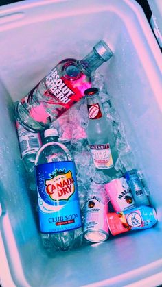 26 Best summer vibes images in 2020 Bad Girl Aesthetic, Summer Aesthetic, Aesthetic Rooms, Summer Vibes, Summer Fun, Summer Parties, Website Color Schemes, Photographie Indie, Alcohol Aesthetic