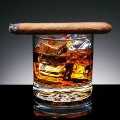 good tips for pairing a stiff drink to a cigar