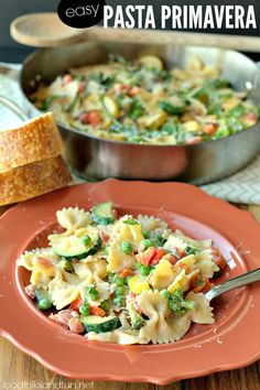 Quick & easy Pasta Primavera that's ready in 30 minutes or less! #quickandeasy #spon