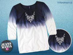 Esta #Jeansmanía dale un toque único de moda a tus looks con una blusa en degradado de color azul. ¡Combínala con tus jeans y estarás perfecta!