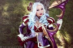 Yaya han cosplay league of legends ashe coeur de cible heartseeker
