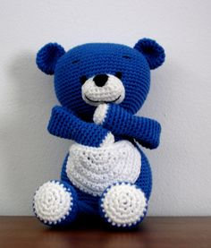 Blue Bear free amigurumi crochet pattern