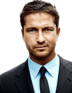 Only a few people know this (well, and now all of you), but I have a giant crush on Gerard Butler.