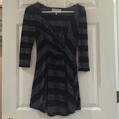 Lulu's Gray and black striped dress Gray and black striped cotton 3/4 sleeve dress. Fits XS and S. Only worn once Lulu's Dresses Mini