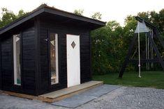Modern design playhouse - moderni tyylikäs leikkimökki