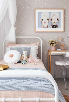 Click in the image to find more kids bedroom inspirations with Circu Magical Furniture! Girl Bedroom Designs, Girls Bedroom, Kids Room Wallpaper, Little Girl Rooms, Home Decor Bedroom, Decoration, Inspiration, Image Kids, Dorm Rooms Decorating