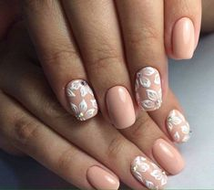 Paint nails - some tips for nail designs - Mme C - Nageldesign Pink Nail Art, Glitter Nail Art, Pink Nails, Rose Nail Design, Nail Swag, Diy Prom Nails, Nail Art Strass, Infinity Nails, Different Nail Shapes
