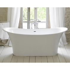 This is about French bathtub for French Boudoir Bathing. This bathtub is designed without a chic bathtub. This design is one of the newest Touluse bathtub which made by Victoria. Victoria And Albert Baths, Kitchen And Bath, Bathroom Styling, Free Standing Bath Tub, Modern Bathroom, Luxury Bathroom, Bathroom Decor, Bathtub, Beautiful Bathrooms