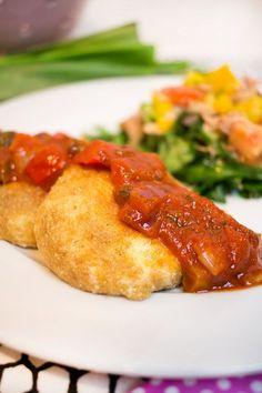Low Carb gebackener Mozzarella mit Tomatensoße – Low Carb Köstlichkeiten