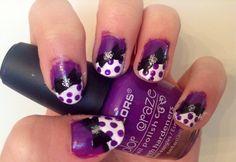 Purple bow nails