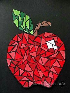 Fruit Crafts, Paper Mosaic, Mosaic Art Projects, 4th Grade Art, School Art Projects, Art Lessons Elementary, Autumn Art, Art Classroom, Art Plastique