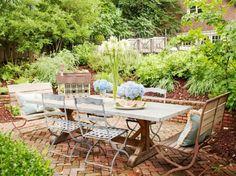 Bleu table vintage pour votre jardin urbain