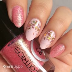Hi ladies! That beautiful pink textured polish is Call Me Princess by The pale pink is Lose Your Lingerie by and I added a glitter gradient using Toast-ess with the Mostest by I hope you like it! Confetti Nails, Rimmel London, Pale Pink, Toast, Nail Polish, Nail Art, Glitter, Lingerie, Princess