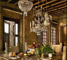 I Like The Multiple Chandeliers Over The Dining Table. Gerard Butleru0027s  Incredible NYC Loft   Travel News   YourLifeChoices