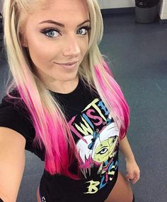 The little miss bliss Alexa Bliss Jessica Jones, Wrestling Divas, Women's Wrestling, Divas Wwe, Wwe Raw Women, Alexis Bliss, Lexi Kaufman, Wwe Female Wrestlers, Wwe Girls