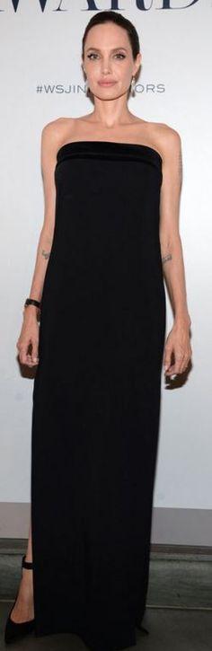 Angelina Jolie: Dress – Tom Ford  Jewelry – Lorraine Schwartz