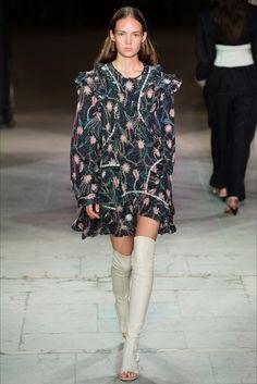 Sfilata Isabel Marant Parigi - Collezioni Primavera Estate 2017 - Vogue