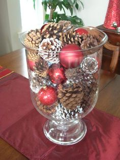 christmas centerpieces with big glass bowls   Christmastime Decorations