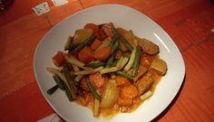 Cubes de porc à la mijoteuse Fodmap, Kung Pao Chicken, Crockpot Recipes, Slow Cooker, Buffet, Curry, Pork, Beef, Ethnic Recipes