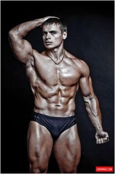 Bodybuilding 2014 #muscle #bodybuild #workout