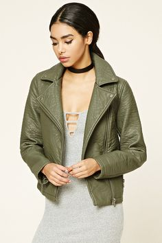 Style Deals - A heavyweight moto jacket crafted from textured faux leather featuring a notched collar, asymmetrical front zipper, front zipper pockets, and snap-button details. Fall Fashion 2016, Fashion 2017, Autumn Fashion, Fashion Outfits, Birthday Outfit, Anniversary Outfit, Playing Dress Up, Leather And Lace, Outerwear Jackets