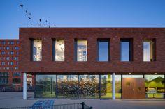 Gallery of Jacobsvlinder School / DKV architecten - 1