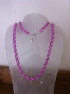 Necklace. Pink & white seed beads with silver findings.