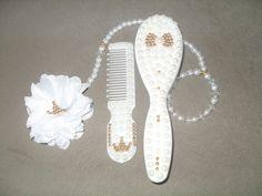pente e escovinha para bebe trabalhado em perlas e pontos dourados