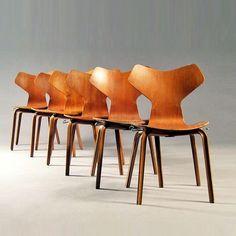 Arne Jacobsen Grand Prix dining chair | Vampt Vintage Design