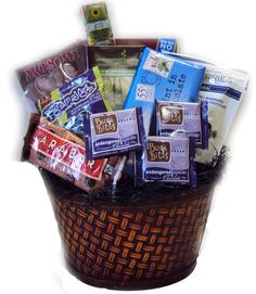 Everything Chocolate Healthy Gift Basket Our favorite dark chocolate treats come together in this healthy, antioxidant-rich gift basket designed to please the Dark Chocolate Bar, Chocolate Sweets, Chocolate Gifts, Chocolate Lovers, Christmas Gift Baskets, Christmas Gifts, Health Benefits Of Figs, Chocolate Covered Blueberries, Chocolate Benefits