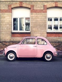 Love a vintage fiat 500 especially a pink one! Fiat 500, Pink Love, Pretty In Pink, Girly, Photowall Ideas, Tout Rose, Rose Pale, Oldschool, Cute Cars