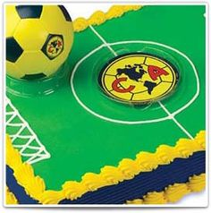 Love gonna be baby Amauri's first bday cake ⚽