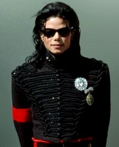 Which MJ hairstyle you like better? - Michael Jackson Answers - Fanpop