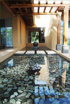 Gartenteich Bilder japanische Gartengestaltung mit Steinen und Wasser
