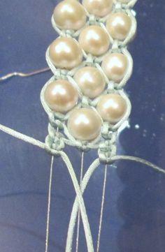 cordón y perlas. tutorial