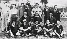 Genoa of Italy team group in Italy Team, Genoa Cfc, Retro, Football, Cricket, Fictional Characters, 1920s, Club, Fotografia