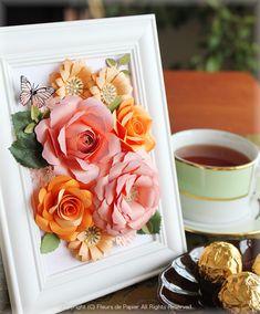 $Fleurs de Papier ~クラフトパンチや花紙で作る立体のお花いろいろ~-クラフトパンチでピンクとオレンジのバラの額