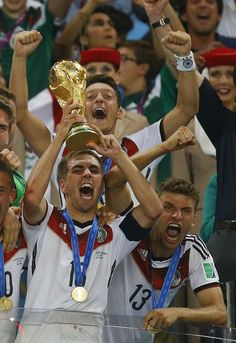 philipp lahm;  +Thomas Muller;  +thomas müller;  +Mesut Ozil;  +World Cup;  +Germany NT;  +World Cup 2014;