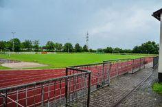 Ein Blitzeinschlag hat eine Sportveranstaltung in Aichwald am Sonntagnachmittag auf grausame Weise beendet. 14 Menschen sind verletzt worden, darunter ein Zwölfjähriger mit lebensgefährlichen Verletzungen. Foto: SDMG