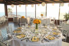 Silver and yellow wedding decor Sunset Da Mona Lisa Cabo