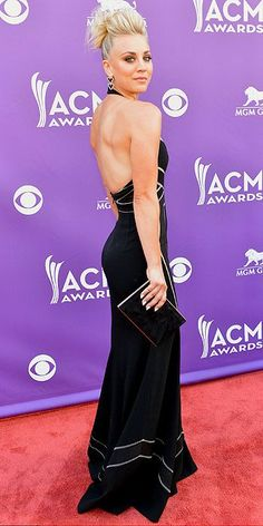 Kaley Cuoco at the 2013 ACM Awards event Academy Of Country Music, Country Music Awards, Blonde Actresses, Kaley Cuoco, Beautiful Celebrities, Beautiful Women, Beautiful People, Foto Pose, Star Fashion