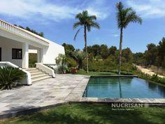Villa de estilo ibicenco ubicada en Montgó Jávea Alicante Costa Blanca | 4 Habitaciones | 4WC