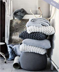 極太ニットのクッションカバー編みたい