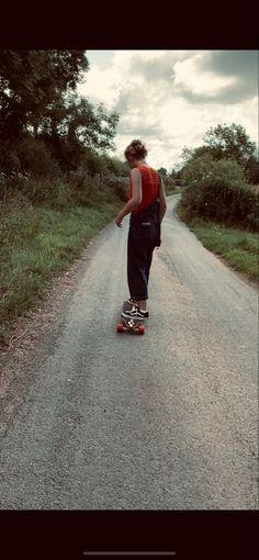 Amélie Lloyd, Dungarees, Summer, Evening, Countryside, Vans, Skateboard Vans Skateboard, Summer Evening, Dungarees, Countryside, Country Roads, Hipster, Style, Swag, Hipsters