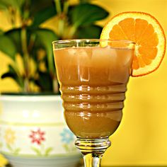 German Spesi Refreshing Drinks, Summer Drinks, Perfect Baked Chicken, Cola Recipe, Good Food, Yummy Food, Tasty, Carbonated Drinks, Recipe Directions